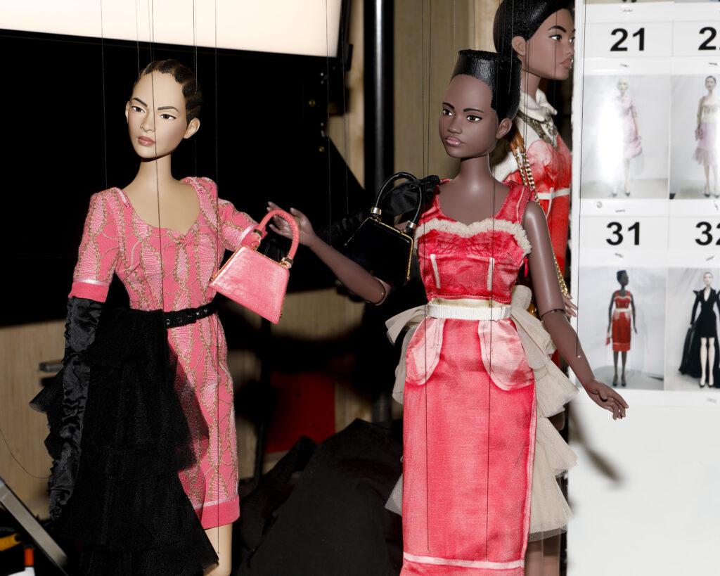 pokaz mody wyjątkowe sukienki piękna sukienka