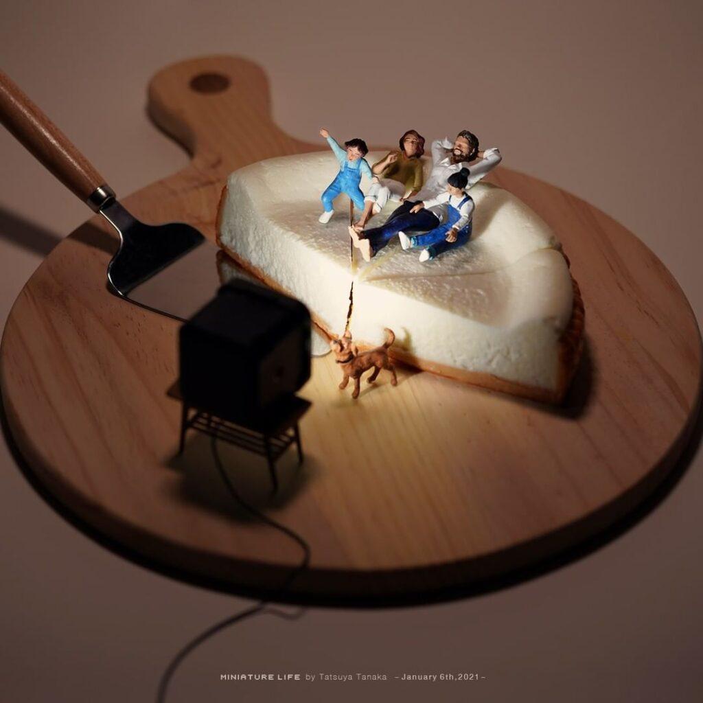 Tatsuya Tanaka, sztuka, art, miniaturowy świat, wyobraźnia, artysta, wystawa, ciasto, tarta, odpoczynek, telewizja