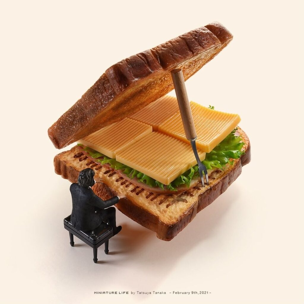 Tatsuya Tanaka, sztuka, art, miniaturowy świat, wyobraźnia, artysta, wystawa, kanapka, tost, tosty, fortepian